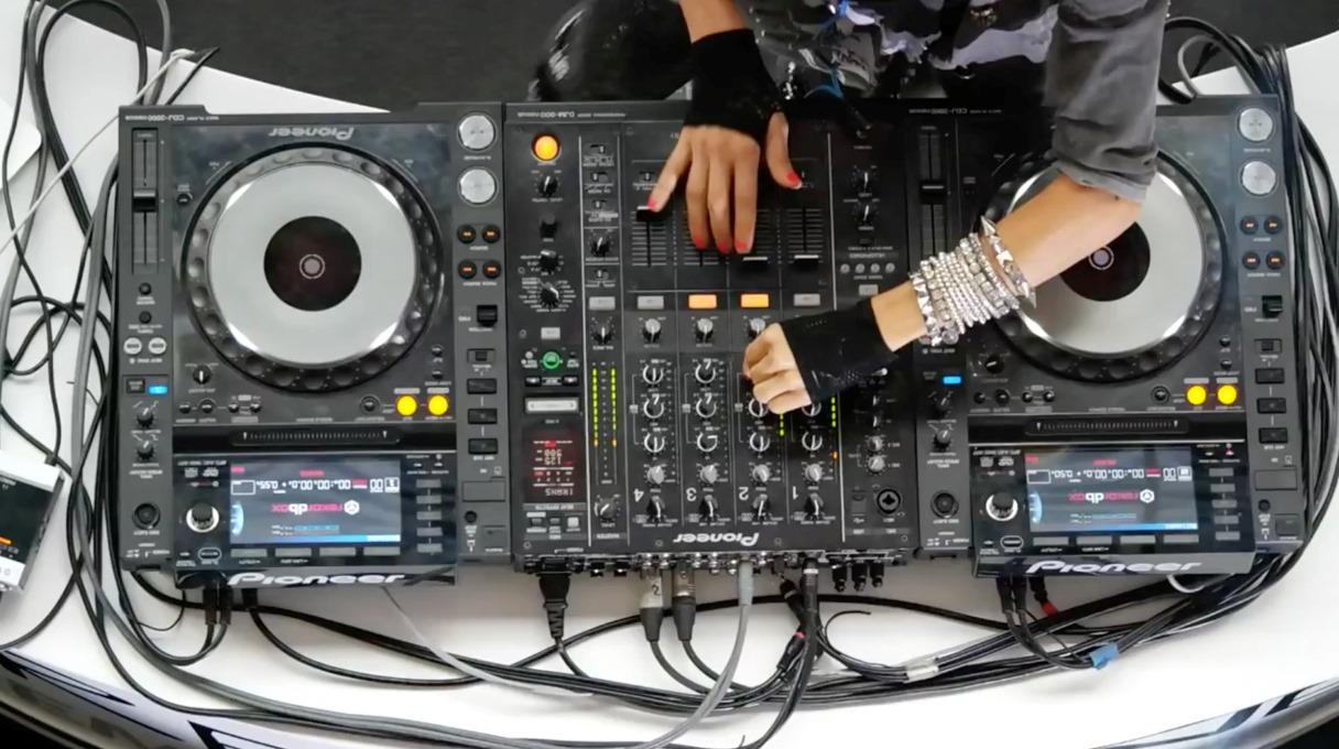 La moda de ser DJ